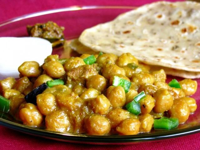 Chana with roti